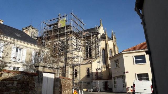 Échafaudage—Église-Saint-Jean-de-Baptiste